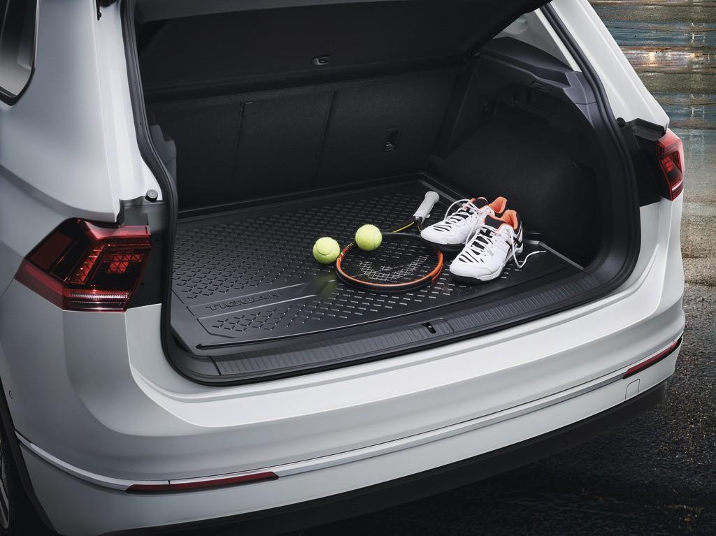 original vw tiguan 2016 laderaumschale schutzmatte kofferraummatte zubeh r volkswagen. Black Bedroom Furniture Sets. Home Design Ideas